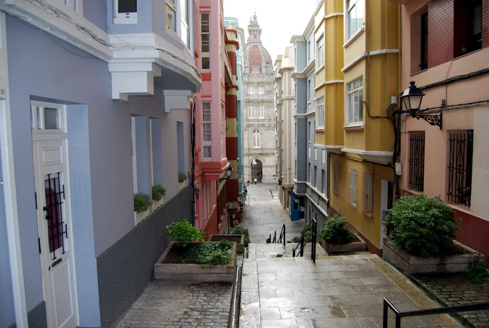 Alquiler y venta de pisos en ciudad vieja plaza de espa a for Pisos alquiler culleredo